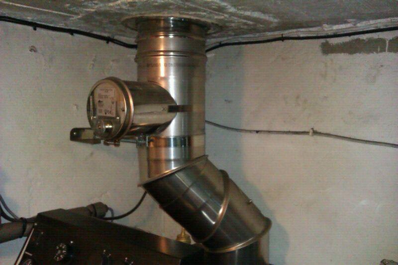 Chimeneasyconductos accesorios para instalaciones de biomasa exceso de tiro en la chimenea - Como colocar una chimenea de lena ...
